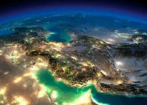 نمای ماهواره ای از ایران در شب.نقاظ روشن معرف آلودگی های نوری هستند.