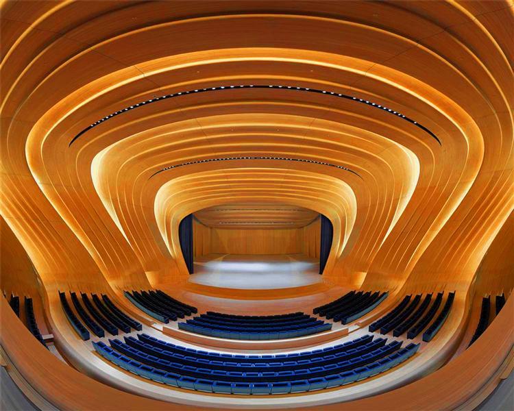 طراحی نورپردازی داخی (محوطه چند منظوره) ساختمان مرکز فرهنگی حیدر علی اف باکو