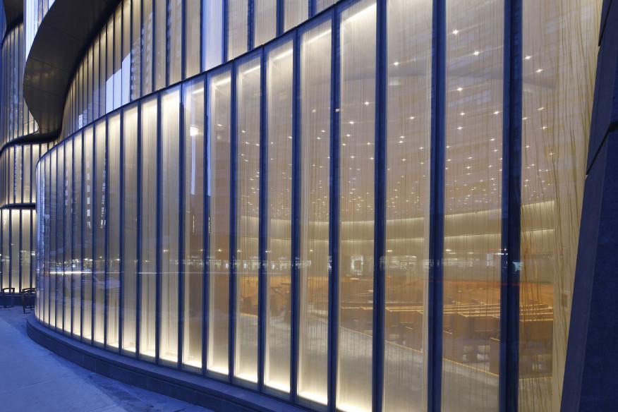 نورپردازی فضای نیمه شفاف پشت پنجره-نمای خارجی