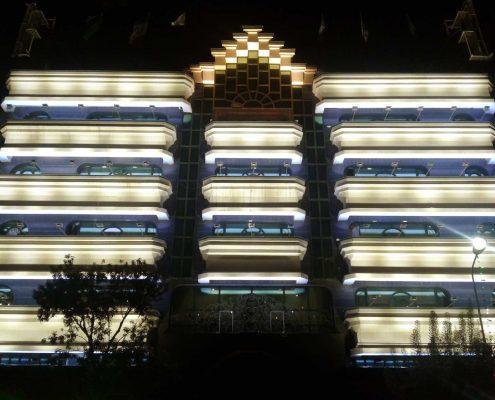 طراحی و اجرای نورپردازی هتل نور مشهد - ایام ولادت امام رضا علیه السلام - تابستان 95