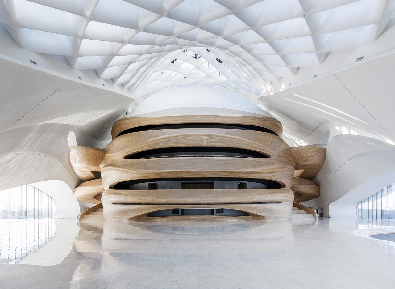 نمایی از نورپردازی داخلی خانه اپرای هاربین-نورپردازی و روشنایی