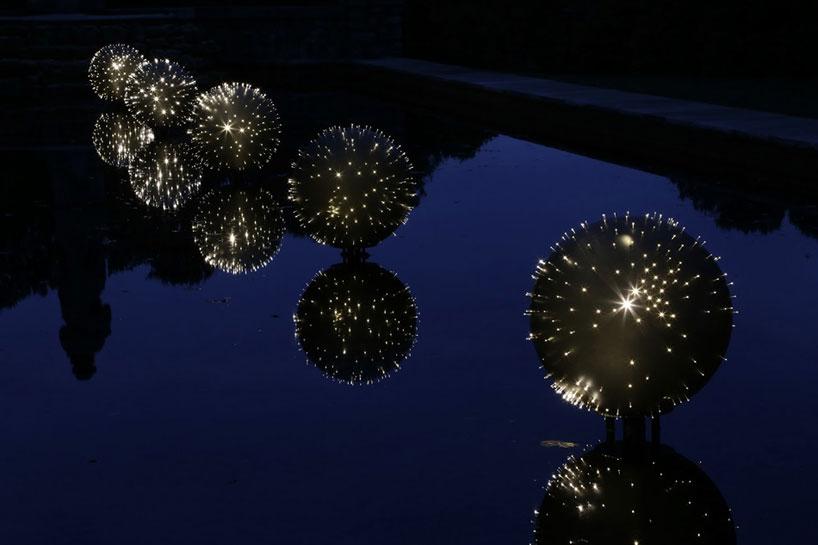 المان های نورپردازی روی آب برکه بروس مانرو